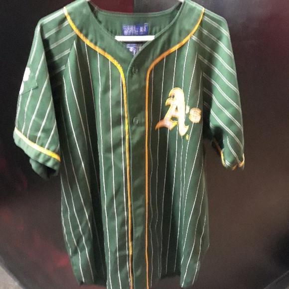 wholesale dealer 793b4 0cd19 Vintage Oakland Athletics starter Jersey mens M